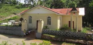 St Luke's Anglican, Aboukir